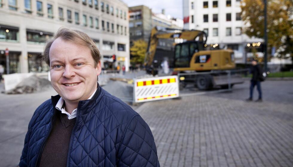 FRP: - Stiller du ikke opp på aktivitetsplikten eller sier opp jobben uten rimelig grunn, er det ikke samfunnets jobb å forsørge deg, sier Erlend Wiborg (Frp), leder i Stortingets arbeids- og sosialkomité. Foto: Henning Lillegård / Dagbladet .
