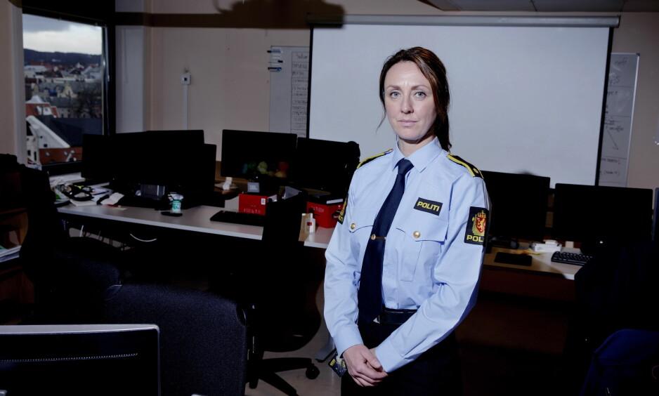 NOMINERT: «Dark Room»-etterforskerne i Vest politidistrikt er nominert til «Årets navn» i Dagbladet. En gruppe på 25 personer har jobbet i snart to år med den svært omfattende overgrepssaken. Her etterforskningsleder Hilde Reikråd. FOTO: PAUL S. AMUNDSEN