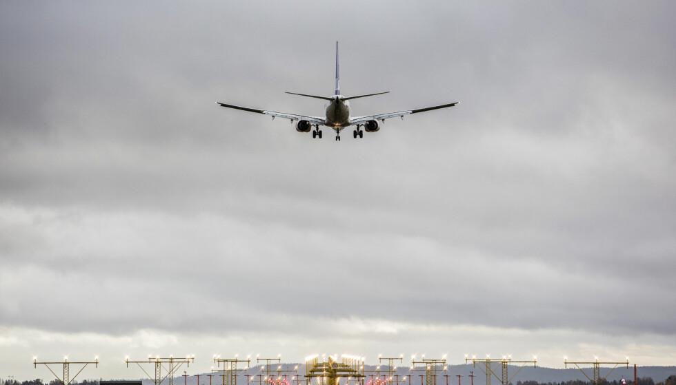 Nordmenn er ikke særlig lystne på å kutte ned på antall flyreiser for å spare miljøet. Foto: Paul Kleiven / NTB scanpix