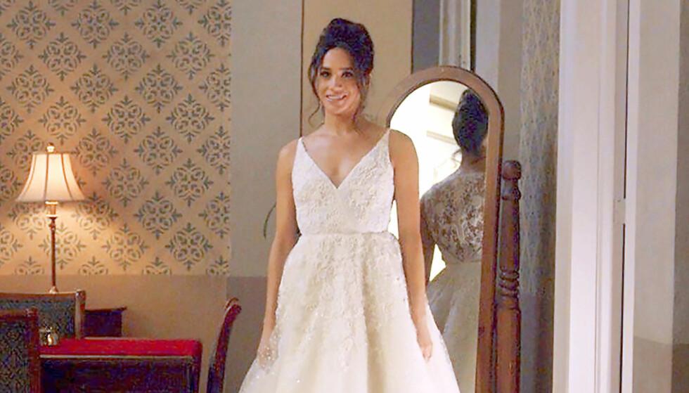 HVIT BRUD: Meghan Markle viste seg i brudekjole under innspillingen av «Suits». Foto: USA Network