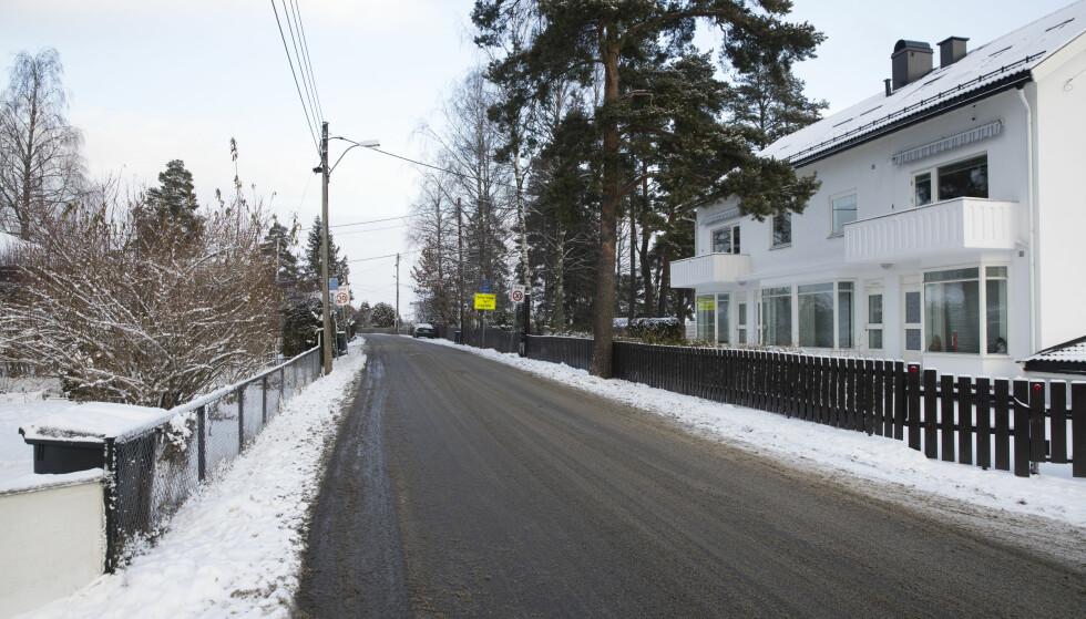 Oppegård: Bomstasjonene i Fjellveien (BG11) i Oppegård plasseres rett på sørsiden av kommunegrensen. Foto: Lise Åserud / NTB scanpix