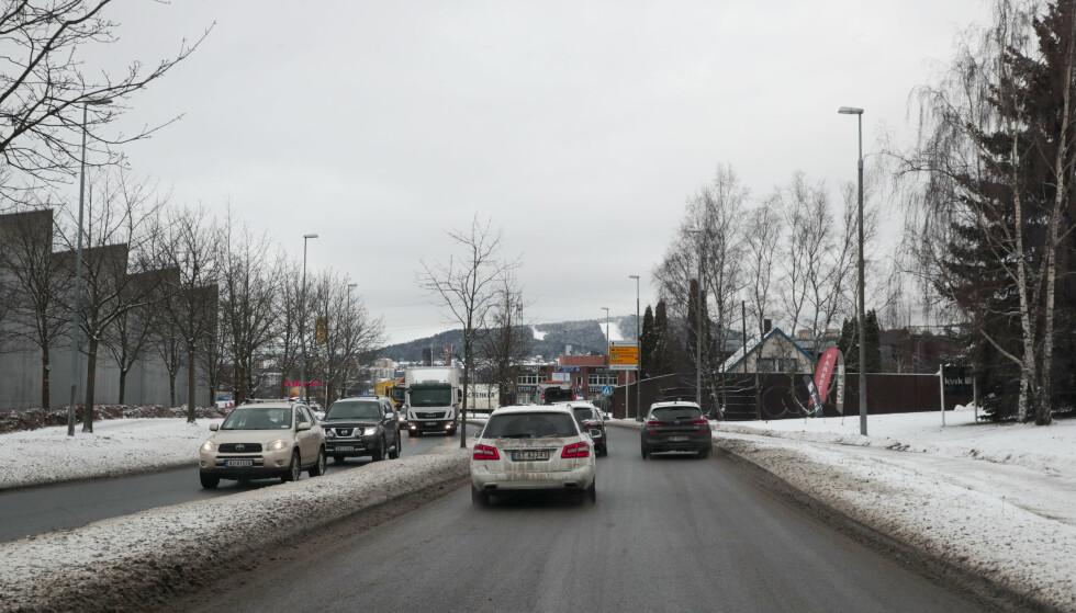Ytre Ringvei: I Ytre Ringvei må det plasseres en bomstasjon mellom Sigrid Undsets vei og atkomsten til Alna senter. Det foreslås å plassere bomstasjon i Ytre Ringvei (IR39) øst for rundkjøring ved Alna senter. Foto: Lise Åserud / NTB scanpix