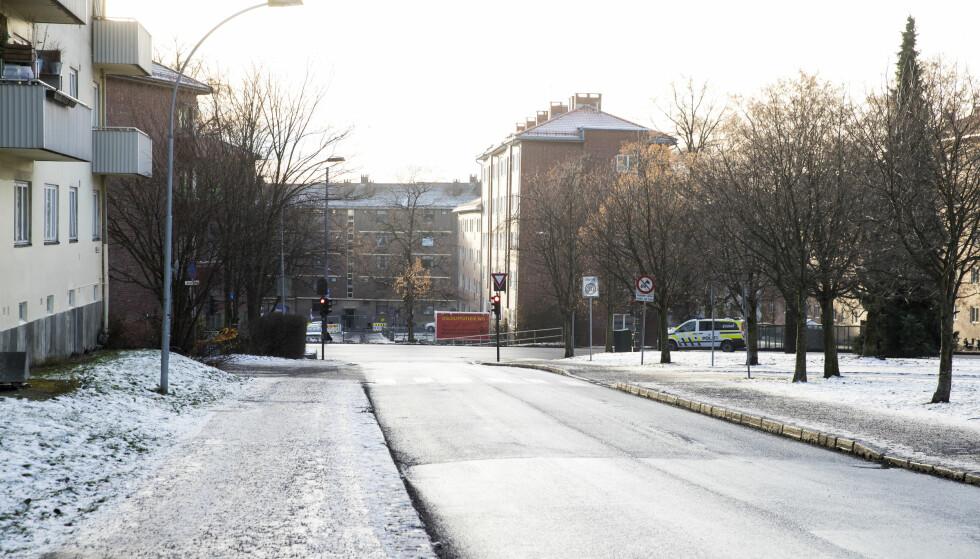 Ole Bulls gate (IR13): Er stengt for all annet enn busstrafikk mot Ring 2. Men for å unngå eventuell snikkjøring plasseres det en bomstasjon rett på oversiden av Ring 2. Foto: Lise Åserud / NTB scanpix