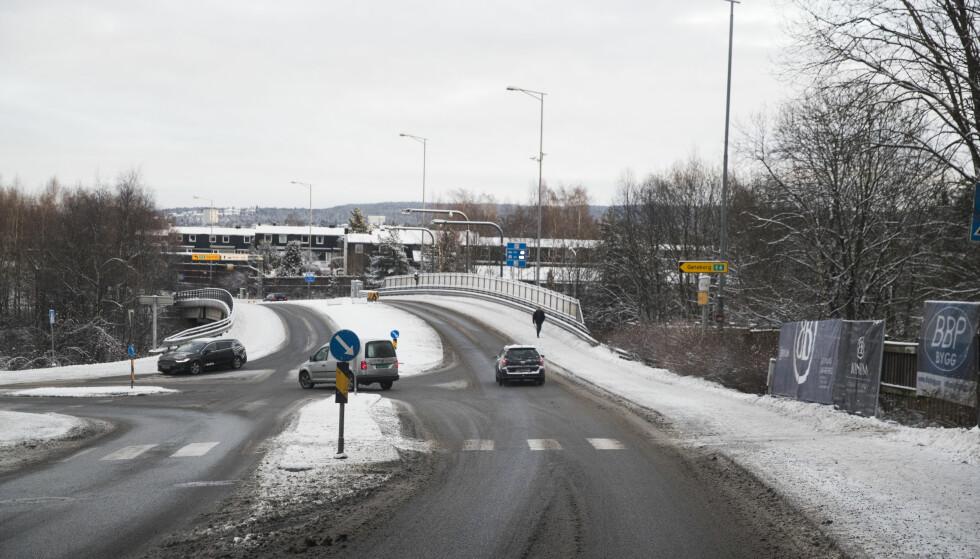 Sandstuveien: I Sandstuveien (OR17) plasseres bomstasjon vest for rampekrysset med E6. Forslag til bomringer. Foto: Lise Åserud / NTB scanpix