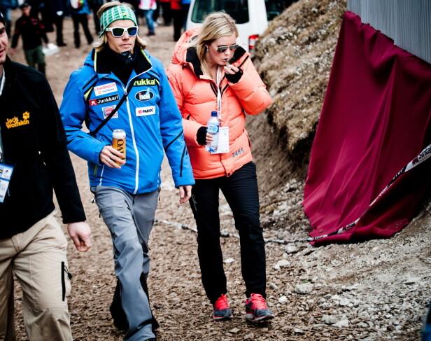 PROFIL: Bjørn Einar Romøren var en profil i hoppbakken i mange år. Her sammen med kona Martine etter avslutningen på verdenscupen i Planica i 2012. Foto: Thomas Rasmus Skaug / Dagbladet