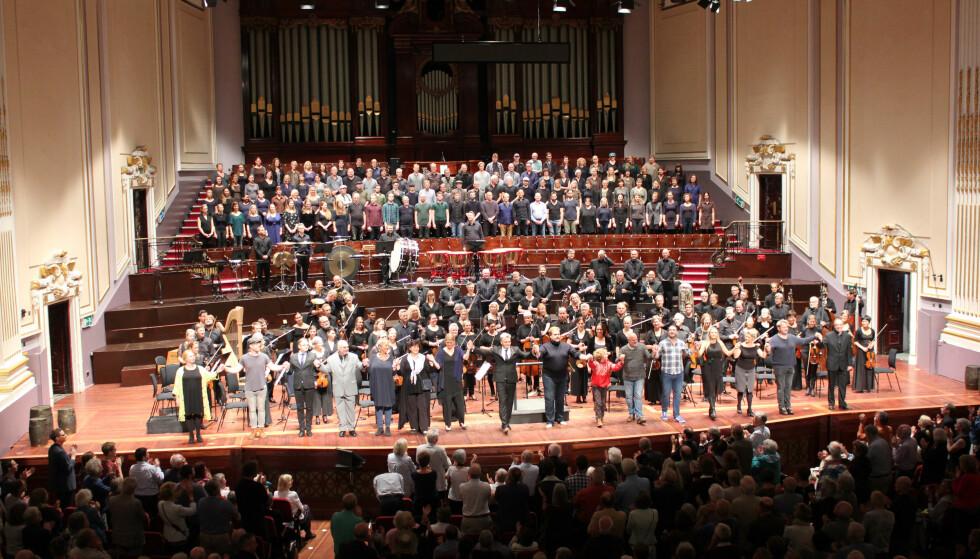 """BFO i Edinburgh: Bergen Filharmoniske Orkester fikk glimrende kritikker for fremførelsen av Benjamin Brittens opera """"Peter Grimes"""" i Edinburgh i år.  Foto: Henning Målsnes"""