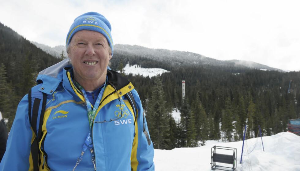MÅ BLI HJEMME: Svenskenes skiskyttertrener, Wolfgang Pichler, får ikke være med til OL fordi han har en fortid som russisk trener. Foto: Tobias Röstlund / SCANPIX
