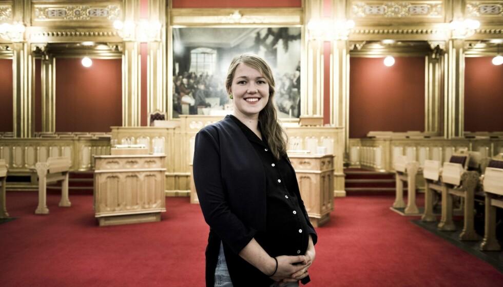 MÅ TA GREP: Une Aina Bastholm tror både hennes egen og fremtidige generasjoner må foreta endringer for å unngå kutt i velferden.