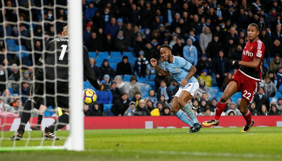 SCORET: Raheem Sterling og Manchester City valser videre. Foto: REUTERS/Andrew Yates
