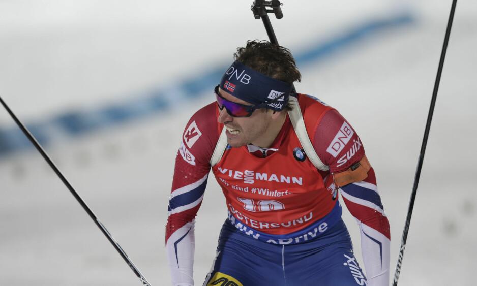 NUMMER TO: Emil Hegle Svendsen traff på ti av ti, men ble slått av Martin Fourcade i sporet. Foto: Lise Åserud / NTB scanpix