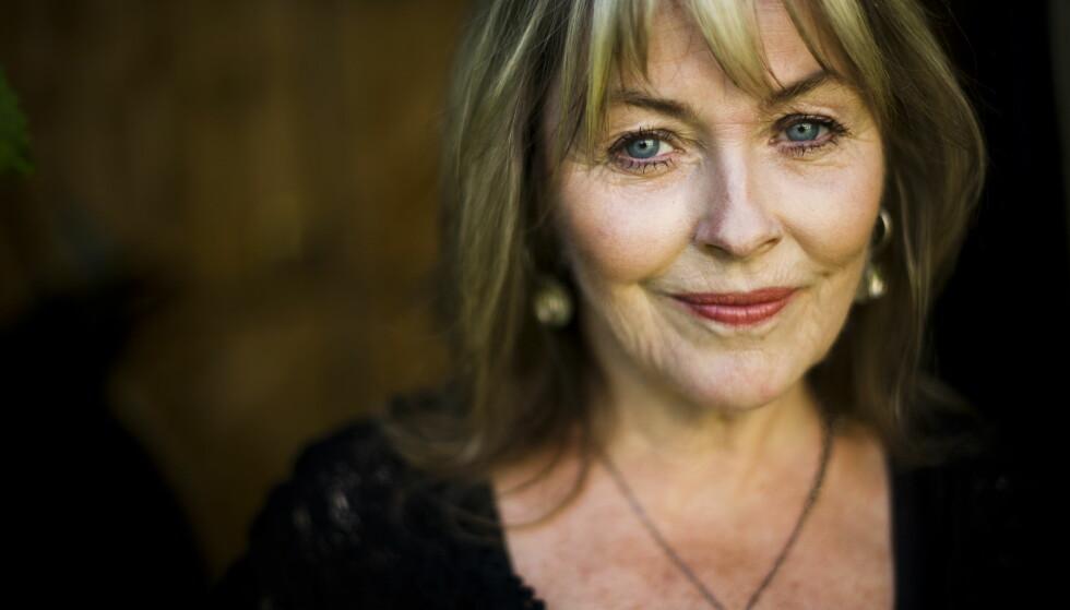 STARSTRUCK: Forfatter Tove Nilsen minnes da avdøde Bjørg Vik gratulerte henne med forfatterdebuten. - Hun var raus. Foto: Håkon Eikesdal