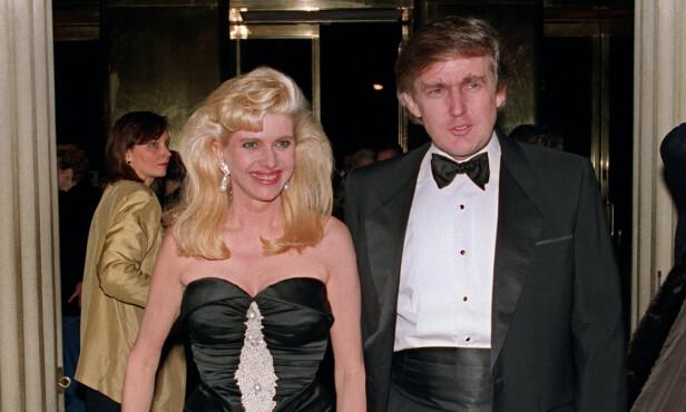 DEN GANG DA: Ivana og Donald Trump avbildet sammen i 1989, tre år før de skilte lag. Foto: NTB Scanpix