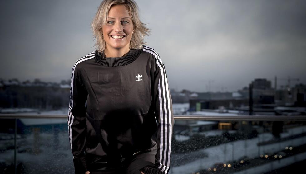 LIVET SMILER: Vibeke Skofterud nyter sitt nye liv. I dette intervjuet åpner hun opp om den kronglete veien til der hun er i dag. Foto: Bjørn Langsem