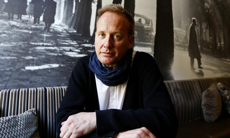 SKADD ETTER ULYKKE: Artist Sigvart Dagslands bil frontkolliderte med en annen bil på vei hjem fra en konsert tirsdag. Foto: NTB scanpix
