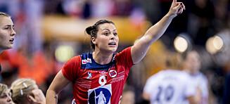 Nora Mørk og resten av Györ mister treneren
