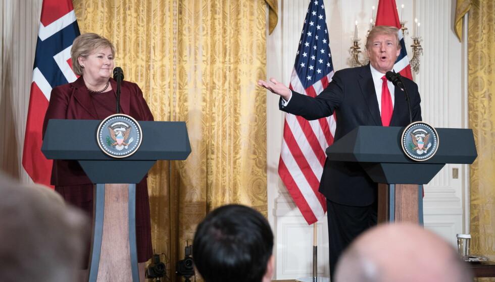 MØTTES: Statsminister Erna Solberg møtte USAs president, Donald Trump, i Det hvite hus i Washington i begynnelsen av januar. Kanskje får de sett hverandre igjen i Davos? Foto: Øistein Norum Monsen/Dagbladet