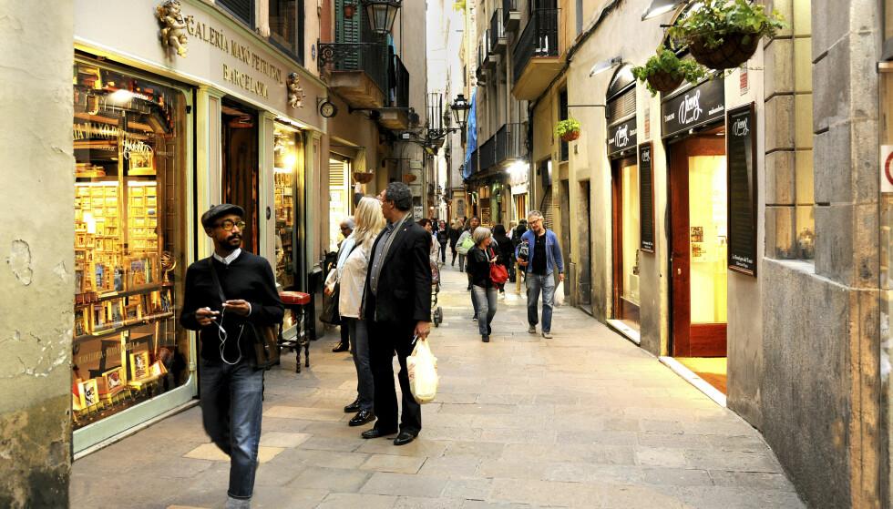 KOSELIG: En rusletur i gatene i gamlebyen i Barcelona er fasinerende. Foto: Petrixtol