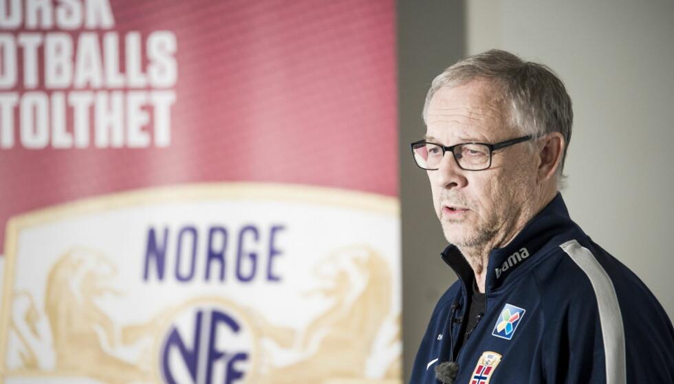 MÅ GJØRE ENDRINGER: Landslagssjef Lars Lägerback. Foto: Andreas Lekang / Dagbladet