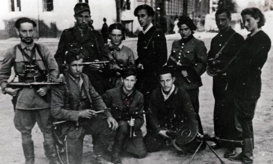 VIRKELIGHETENS «INGLOURIOUS BASTERDS»: Den jødiske hevngruppa planla aksjonene i Bucuresti etter andre verdenskrig. Foto: Yad Vashem The World Holocaust Remembrance Center
