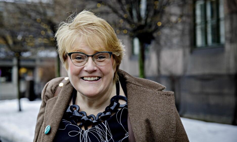 <strong>I STORMEN:</strong> Den ferske kulturministeren Trine Skei Grande (V) måtte svare på helt andre spørsmål enn kulturspørsmål da hun ble statsråd. Foto: Nina Hansen