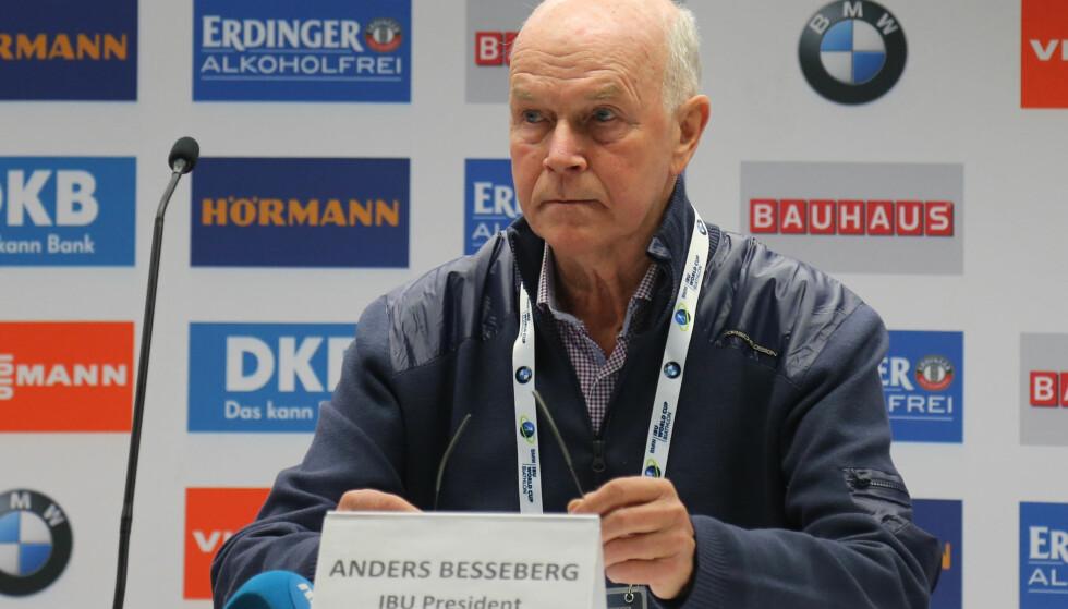 FERDIG: Anders Besseberg trakk seg i dag som IBU-president. Kritikken er massiv, men i Russland får han støtte. Foto: Terje Pedersen / NTB scanpix