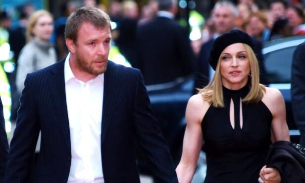 MADONNA TIL STEDE: Artist Madonna og regissør og manusforfatter av filmen «Snatch», Guy Ritchie, var gift fra 2000 til 2008. Steffen Iversen forklarer at Madonna også var til stede under etterfesten i 2000. Foto: NTB Scanpix
