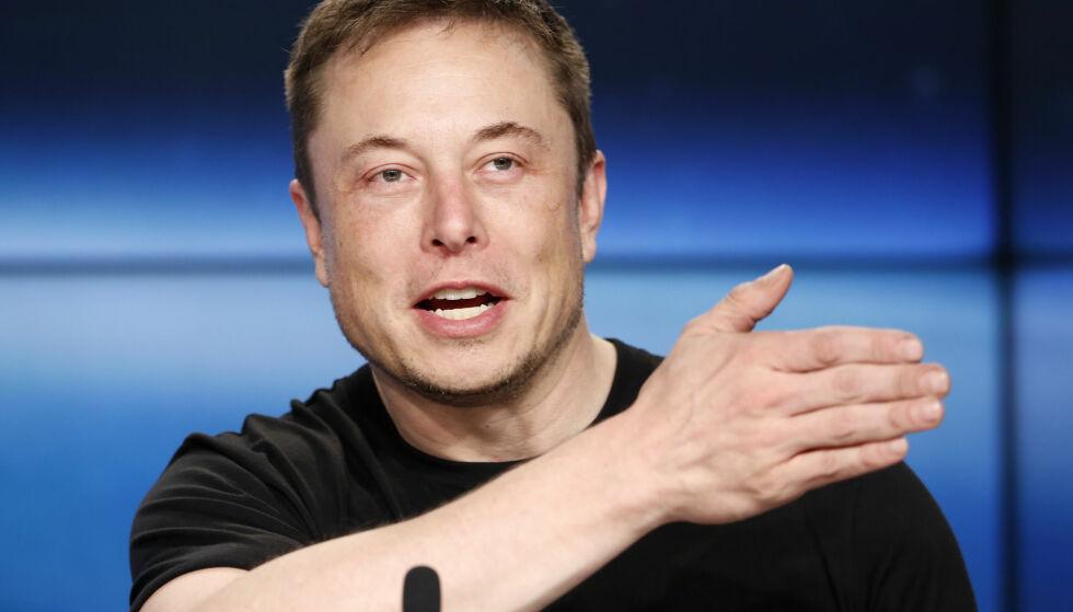 INTERNETTRAKETT: Elon Musk har sendt opp nok en rakett - denne gang for å gi internett til hele verden. Foto: Reuters / NTB Scanpix