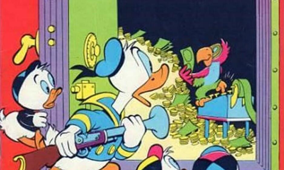 PÅ SISTE VERSET: Tegneserieekspert Arild Wærness spår at det går mot slutten for det tradisjonsrike Donald-bladet. Foto: NTB Scanpix
