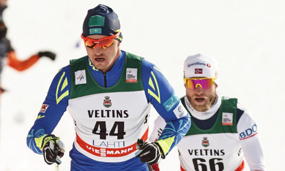SLET: Martin Johnsrud Sundby kom på en skuffende femteplass på 15 km klassisk. Aleksej Poltoranin vant. Foto: Roni Rekomaa / Lehtikuva / NTB Scanpix.