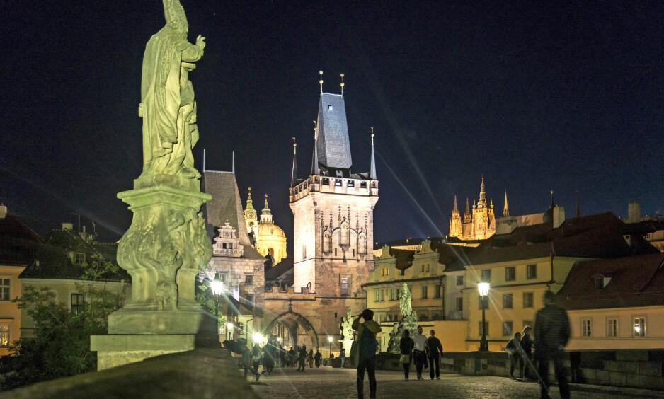 IKONISK: Prahas gamle sentrum er verdt å feste til minnebrikken. Foto: Ucke Matsson