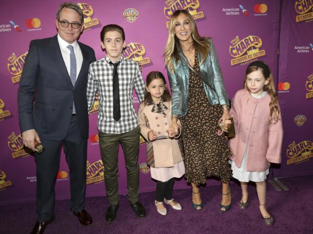 FAMILIE PÅ FEM: Matthew Broderick og Sarah Jessica Parker har sønnen James og døtrene Tabitha og Marion sammen. Foto: NTB scanpix