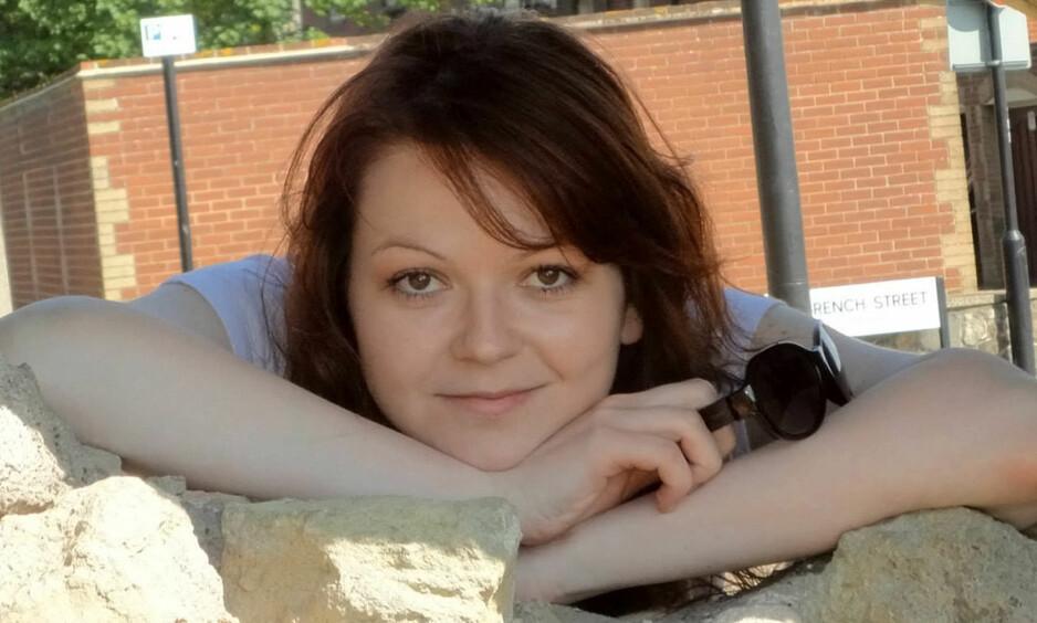 FUNNET LIVLØS: Julia Skripal var på besøk hos sin 66 år gamle far, da de begge ble funnet livløse på en benk ved et kjøpesenter i Salisbury søndag. Foto: REX / Shutterstock / NTB scanpix