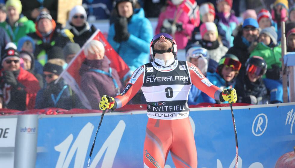 FRUSTRERT: Kjetil Jansrud i mål etter verdenscuprennet i utfor herrer på Kvitfjell Foto: Geir Olsen / NTB scanpix