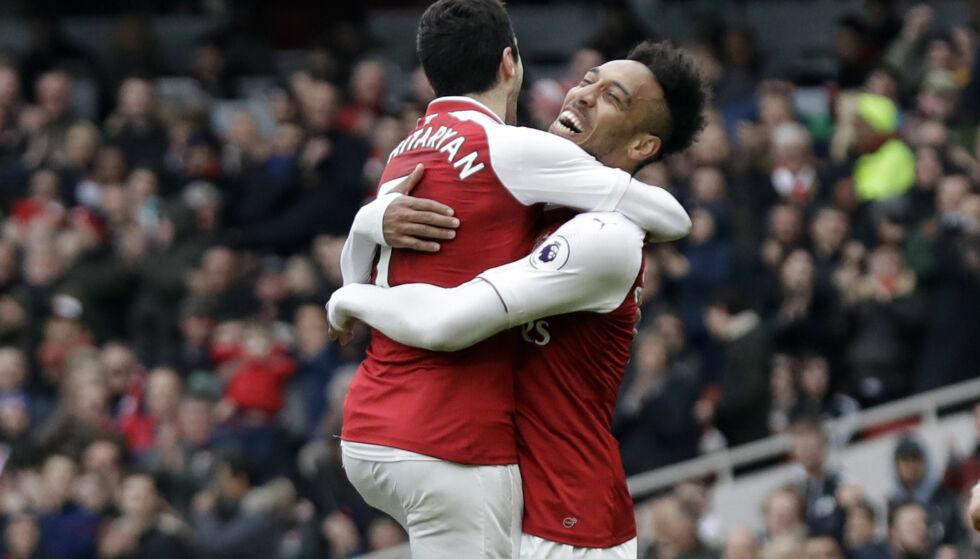 MÅLDUO: Henrikh Mkhitaryan og Pierre-Emerick Aubameyang scoret hvert sitt på målgivende fra hverandre. Foto: AP Photo/Matt Dunham