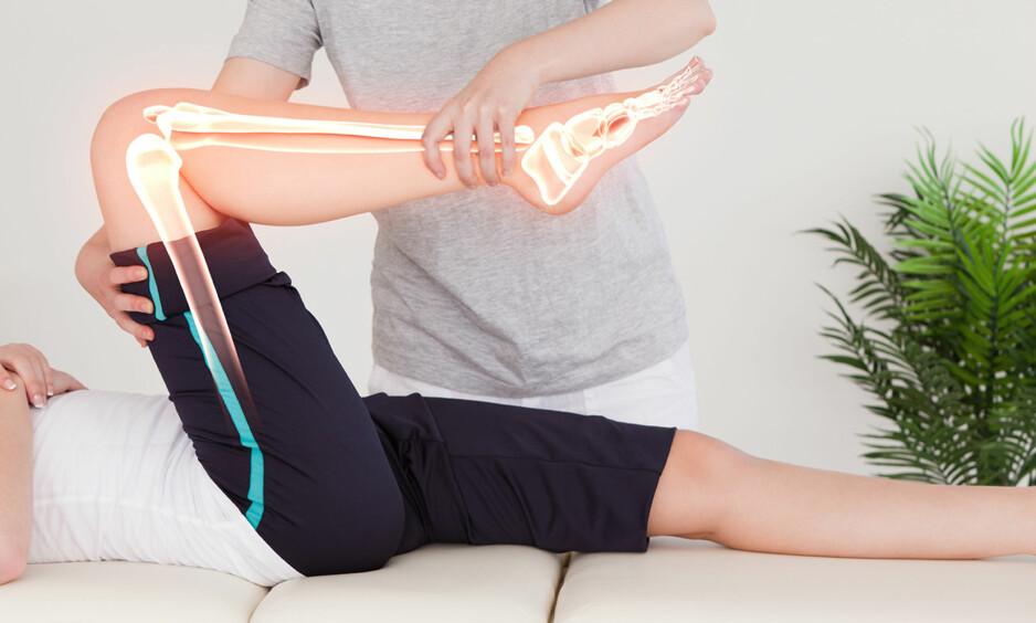 <strong>KNEPROBLEMER:</strong> Knesmerter er den tredje mest vanlige årsaken til legebesøk for muskel- og skjelettplager i Norge. Foto: Shutterstock/Scanpix