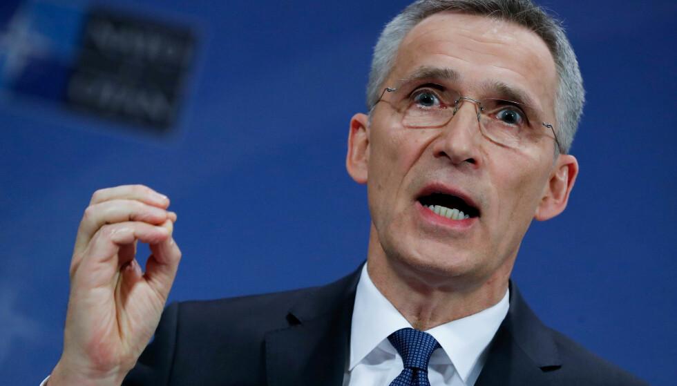 STØTTER ANGREP: Natos generalsekretær, Jens Stoltenberg. Foto: REUTERS/Yves Herman