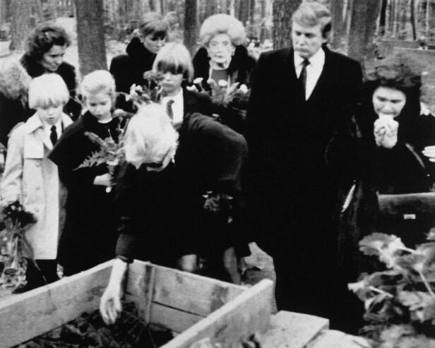 <strong>NÆRT FORHOLD:</strong> Donalds morfar gikk bort i 1990. Her fra begravelsen samme år. Foto: AP / NTB Scanpix