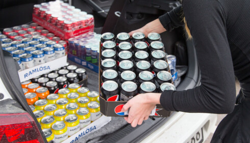 BESTSELGER: Mat og drikke, ikke minst brus, er størst. Så følger godteri, snus, tobakk og til sist alkohol. Foto: NTB Scanpix
