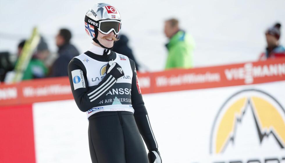 FØRSTE SEIER: Robert Johansson tok sin første verdenscuptriumf i skiflygingsbakken i Vikersund. Foto: NTB Scanpix / Terje Bendiksby