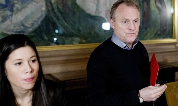 TOK OVER: Samferdselsbyråd Lan Marie Nguyen Berg og byrådsleder Raymond Johansen i forbindelse med oppsigelse av kontrakt med Veireno. Foto: Sveinung U. Ystad, Dagbladet