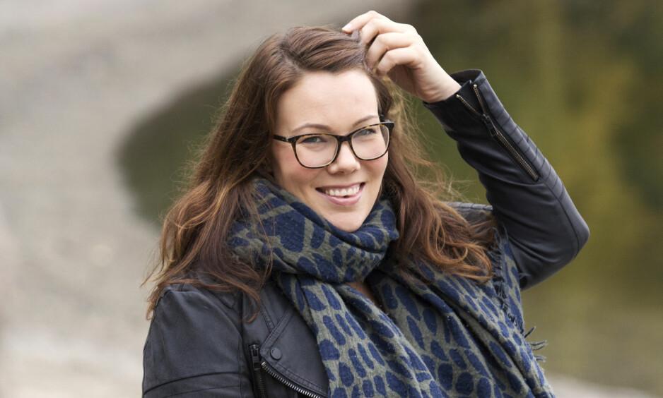 NYTER LIVET: I dag har Åse-Line fått et godt liv. - Det har vært en lang prosess, og jeg ville aldri ha fått det til alene, sier hun. Foto: Ellen Jarli