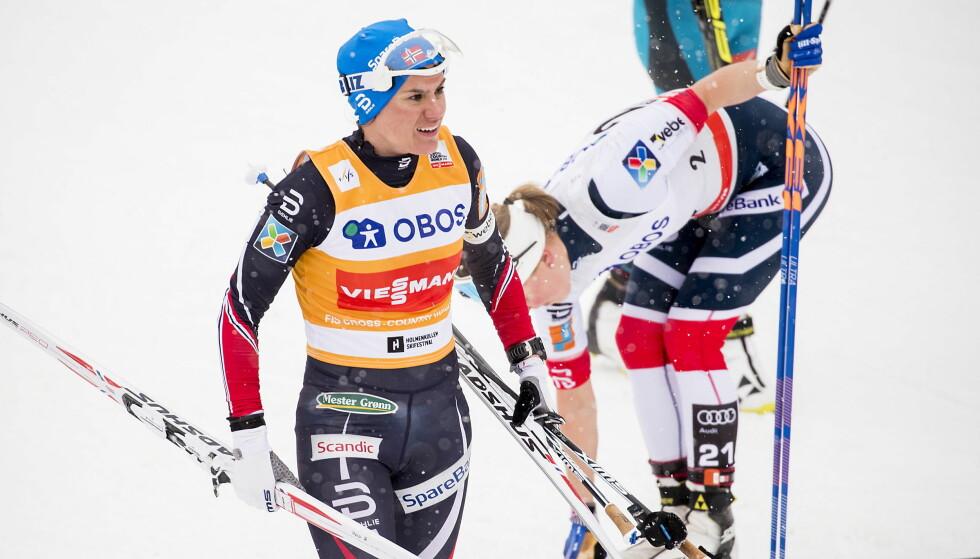 FULL STOPP: Heidi Weng og Ragnhild Haga er født i 1991 og var de siste skijentene som kom opp i den norske talenteksplosjonen som ble innledet av Astrid Uhrenholdt Jacobsen og Therese Johaug i 2007. Etterveksten etter Weng og Haga (26) er en stor utfordring for norsk kvinnelangrenn. Foto: Bjørn Langsem / Dagbladet