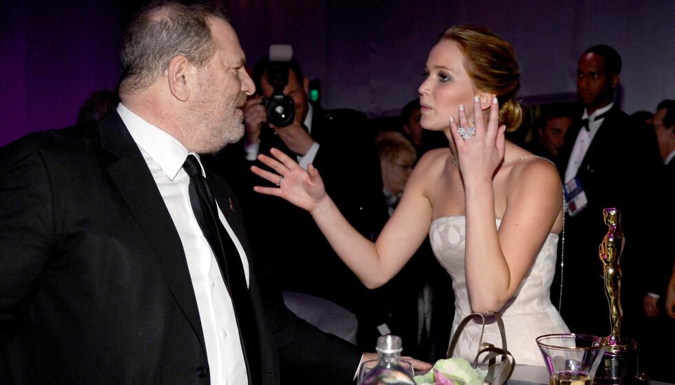 I UNÅDE: Jennifer Lawrence er en av skuespillerne som har rast mot Harvey Weinsteni. Her fotografert sammen i 2013. Foto: NTB scanpix