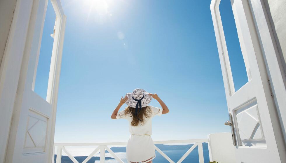 SOL, SOMMER OG FERIE: Nordmenn elsker Middelhavet, og reiser gjerne tilbake til samme sted år etter år. Men det er alltid nye sider å oppdage ved ferie-favorittene. Foto: Shutterstock / NTB Scanpix