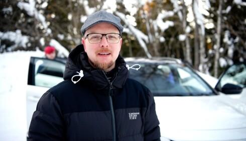 FULL BIL: - Når begge barna skal på korpsarrangement, og vi skal ha med oss både tuba og valthorn, blir det fort fullt i bilen, sier Thor Ivar Kristiansen