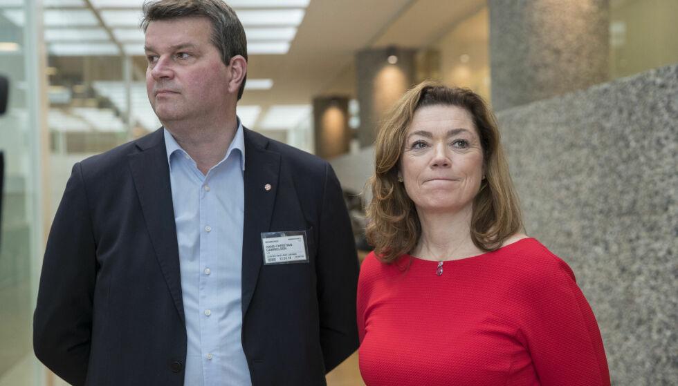 GÅR MOT BRUDD: LOs leder Hans-Christian Gabrielsen og NHOs administrerende direktør Kristin Skogen Lund blir mest sannsynlig ikke enig innen midnatt i dag. Foto: Vidar Ruud / NTB scanpix