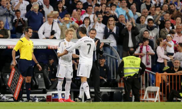 HISTORISK ØYEBLIKK: Norge gikk av hengslene da Martin Ødegaard kom inn for Cristiano Ronaldo mot Getafe 23. mai 2015. Foto: NTB scanpix