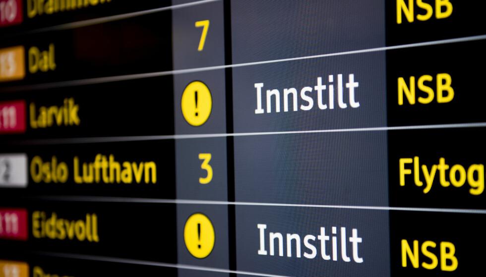 TOGSTOPP I ASKER: NSB anbefaler reisende å finne alternativ transport. Illustrasjonsfoto: Jon Olav Nesvold, NTB Scanpix.