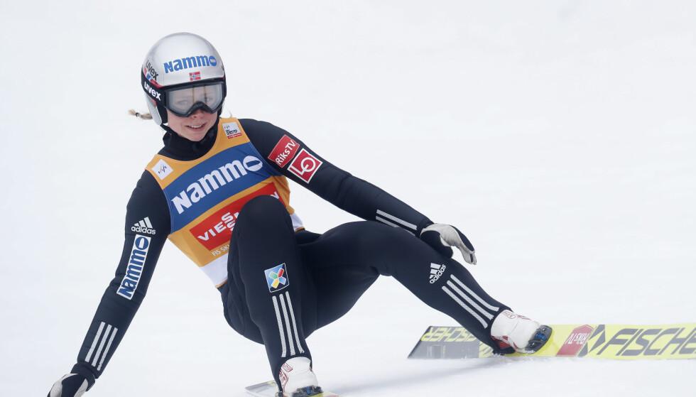 PALLEN: Maren Lundby reddet en pallpass i verdenscuprennet i hopp i tyske Oberstdorf. Foto: Terje Bendiksby / NTB scanpix