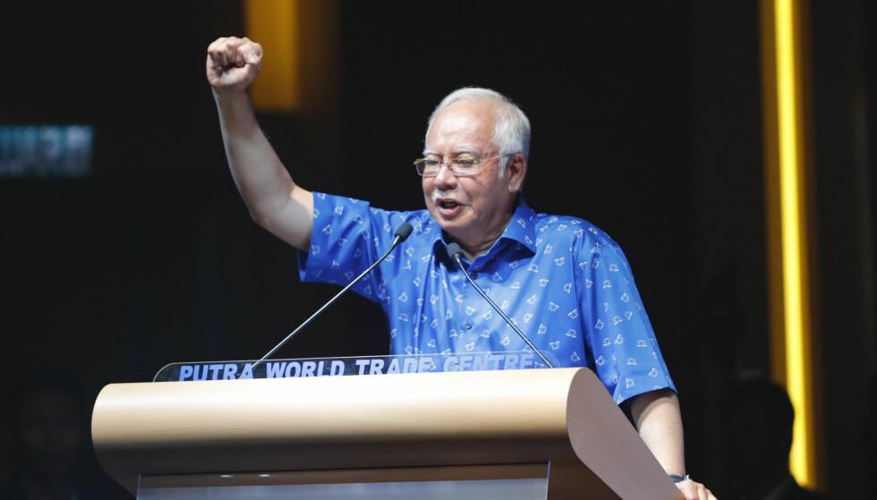 <strong>FAKE NEWS-FENGSEL:</strong> Statsminister Najib Razak og hans regjering foreslår fengslesstraff for produksjon av falske nyheter i landet. Kritikerne frykter lovforslaget vil bli brukt til å kneble politiske motstandere i forkant av valget i landet. Foto: AP / Vincent Thian / NTB scanpix